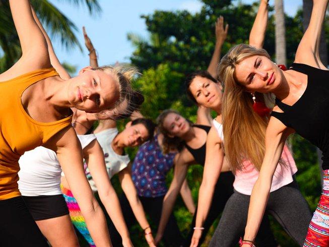 30 jours-200h de formation de professeur de hatha yoga à Koh Phangan, Thaïlande