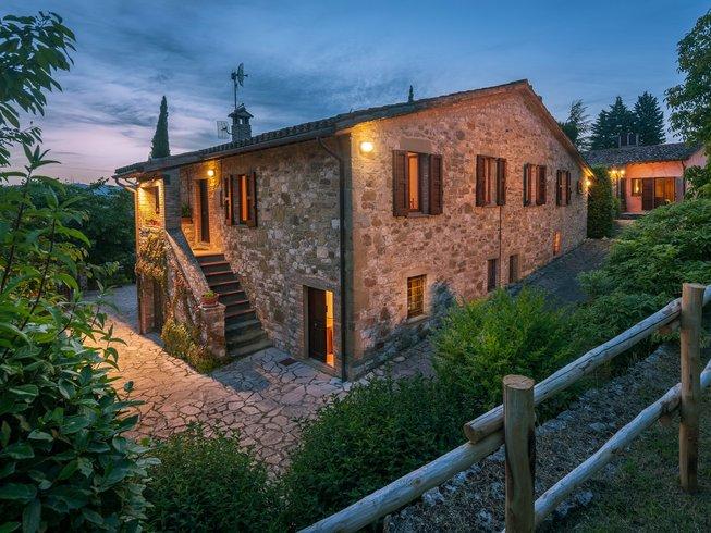 4 Days Yoga and Wellness Kitchen Cooking Holiday in Umbria, Italy
