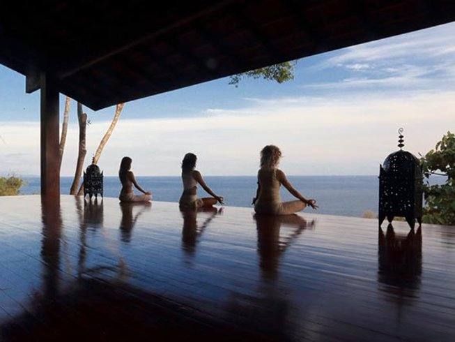 8 Days Soul Surfer Yoga Retreat in Costa Rica