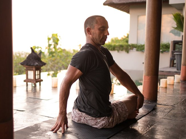 7 Days Surf, Meditation, and Yoga Retreat in Bali, Indonesia