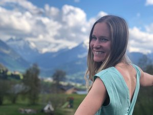 3 Day Yoga and Voice Coaching for Confidence Weekend Retreat in Schönried