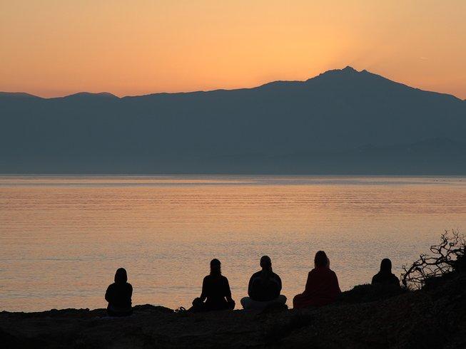 7 Days Yoga and Meditation Retreat on Paros, Greece with Maja Zilih