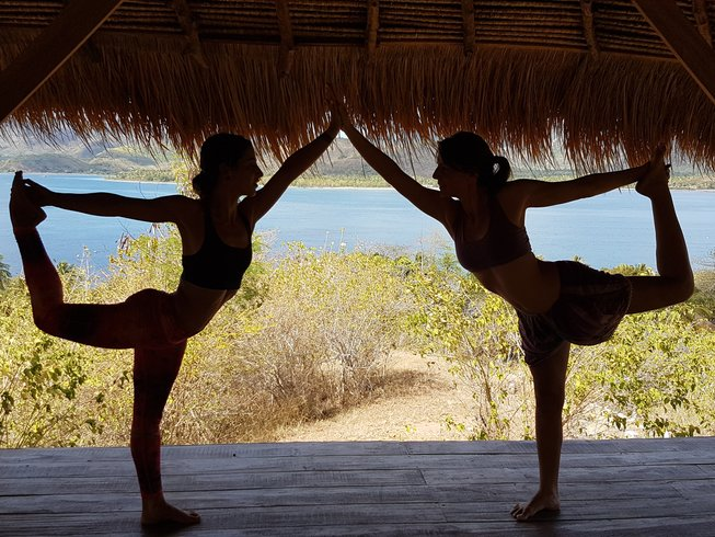8 Days SUP, Meditation, and Yoga Retreat in Indonesia