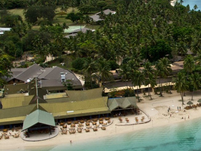 8 Days Marvelous Surf Camp in Viti Levu, Fiji