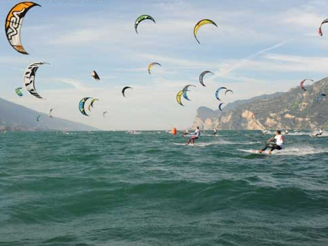 Check Out This Awesome Panoramic Kite >> 3 Days Amazing Kite Surf Camp In Verona Area Italy Booksurfcamps Com