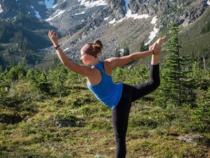 4 Days Hiking and Yoga Retreat Canada