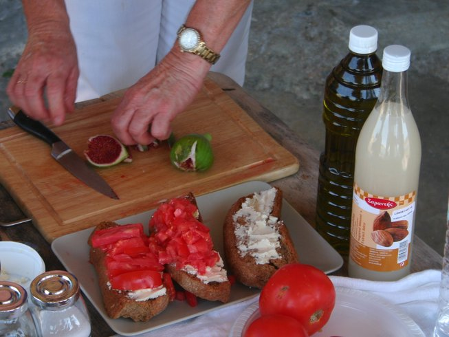 5 Days Cooking Holidays in Greece
