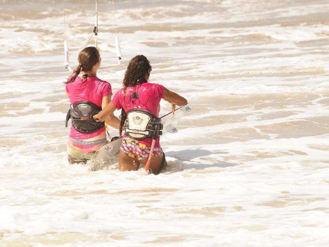 4 Days One-on-one Beginner Kitesurfing Camp in Ceara, Brazil