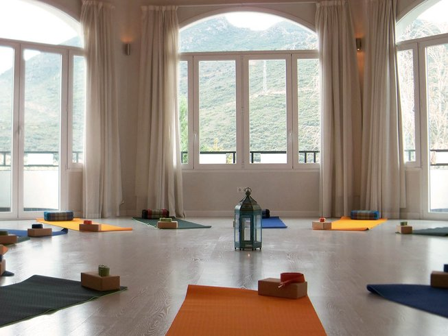 6 Days Beach Meditation Yoga Retreat Spain
