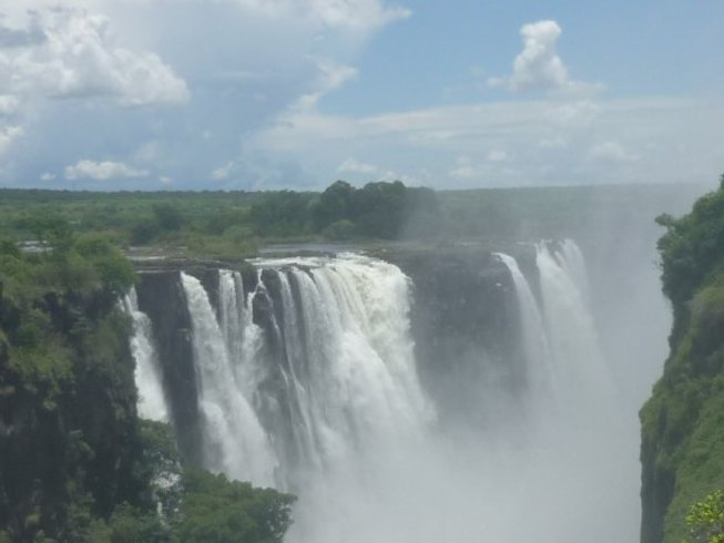 13 Days Guided Tour and Safari in Zimbabwe