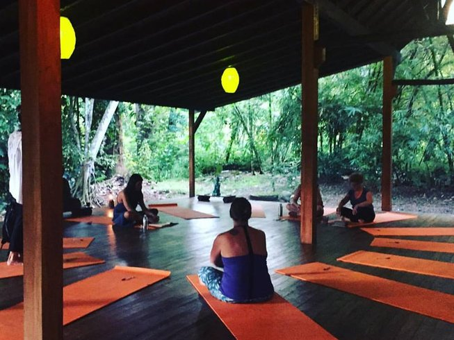 6 Days Surf and Yoga Retreat in Costa Rica