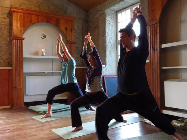 8 Days New Year Meditation and Yoga Retreat in France