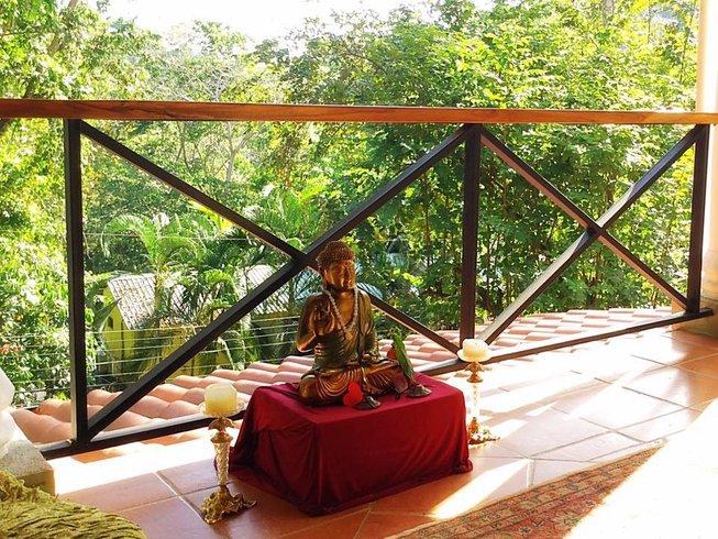 28 días profesorado de yoga de 200 horas en la naturaleza en Manuel Antonio, Costa Rica