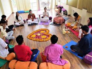 25 Day 200-Hour Yoga Teacher Training in Rishikesh