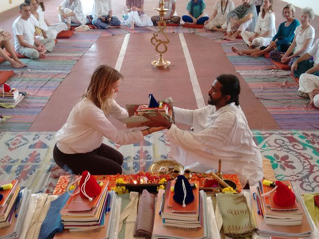 28 Days 250-Hour Yoga Teacher Training in India