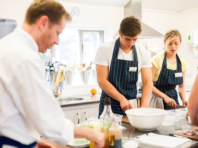 6 Days Cooking Holidays in England