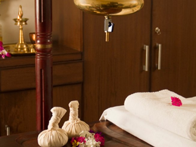 7 Days Ayurveda Yoga Detox Retreat in Kerala, India