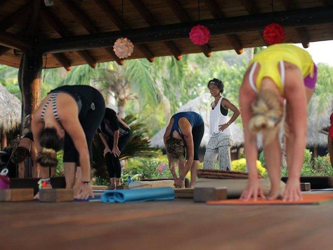 21 días profesorado de yoga y limpieza de 200 horas en México