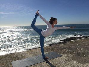 7 días retiro de yoga, saludo al sol en Cascais, Portugal