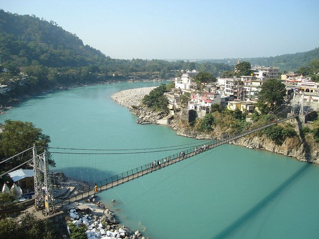 28 Days 200-Hours Ayurveda Yoga Teacher Training in Rishikesh