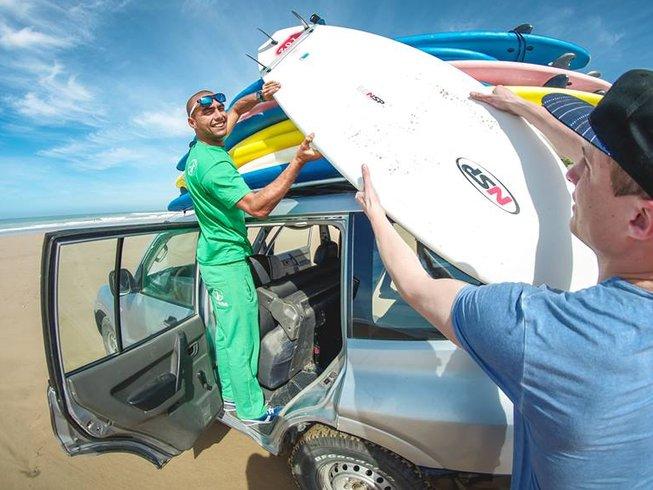14 jours en vacances de yoga et de surf au Maroc