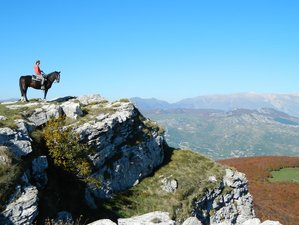 8 Days Monte Capraro Horse Riding Holiday in Molise, Italy