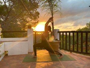 5 Tage Familien Spaß im Privaten Yoga Retreat mit Meerblick und Blauem Himmel auf Ibiza