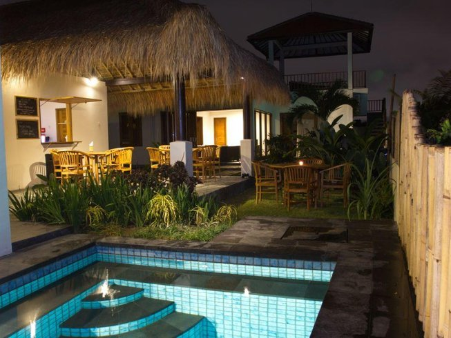7 Days Guided Surf Camp in Canggu, North Kuta, Indonesia