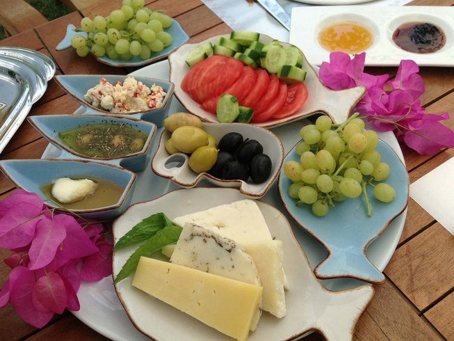 7 Days Aegean Cooking Vacations in Izmir, Turkey
