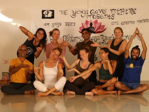 23 Days 200-Hour Ashtanga Vinyasa Yoga Teacher Training in Blissful Goa, India