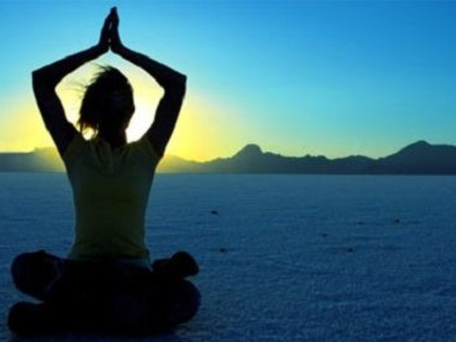 8 Days Relaxing Meditation and Yoga Retreat India
