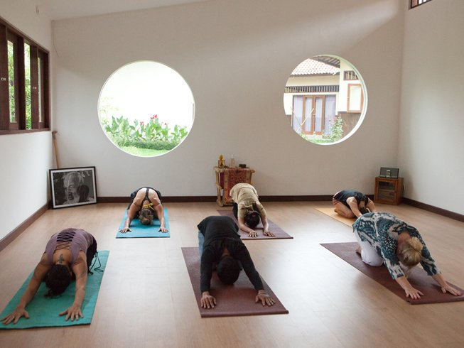 6 Days Ayurvedic Detox Yoga Retreat Bali