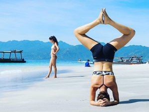 6 Days Adventure Cruise and Yoga Retreat in Indonesia
