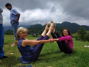5 Day 20-Hour Sublime Yoga and Hike Holiday in Kathmandu, Gandaki Pradesh