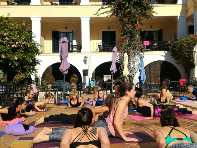 4 Days Paddle, Massage and Beach Yoga Retreat in Spain