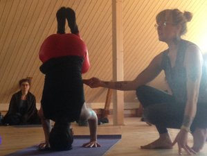 "7 Days ""Gathering of Space Holders"" Continuing Education for Yoga Teachers in Sorrento, Italy"