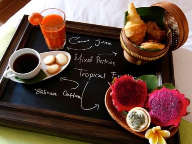8 Days Couples Cooking, Surf, and Yoga Retreat in Bali, Indonesia