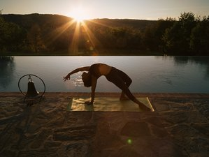 6 Days Tuscan Tranquility Yoga Retreat in Arezzo Area, Italy