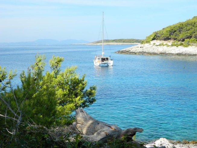 4 Days Ladies' Relaxation, Yoga and Meditation Retreat in Hvar Island, Croatia