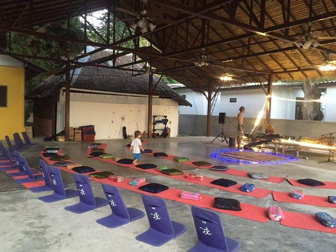 12 días retiro de yoga y meditación en Ko Phangan, Tailandia