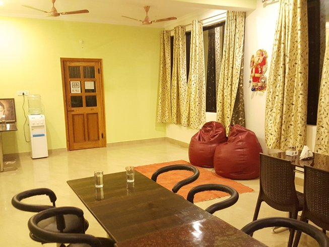 29 Days 200hr Meditation Yoga Teacher Training in Rishikesh