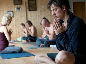 9 Days Meditation and Yoga Retreat in Eastern Norway