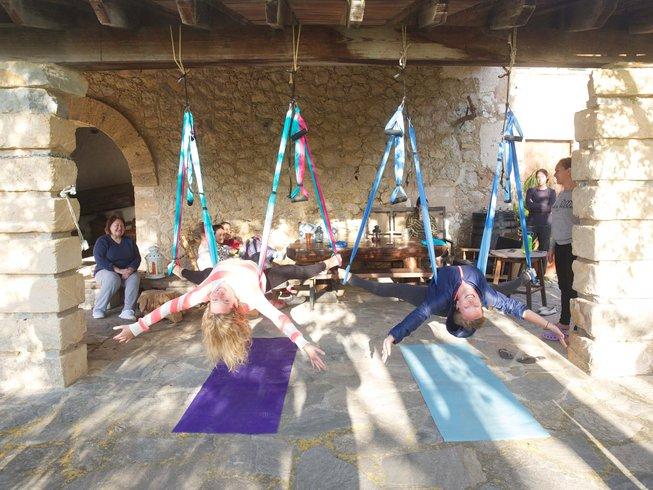 17 Tage 200-Stunden Hatha Vinyasa Luxus Yogalehrer Ausbildung auf Mallorca, Spanien