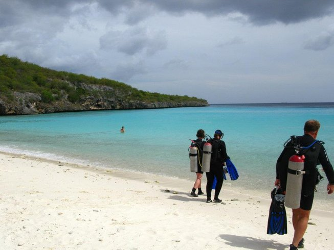 8 Days Diving and Yoga Retreat Curacao