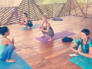 3 Days Relaxing Yoga Retreat in Canoa, Ecuador