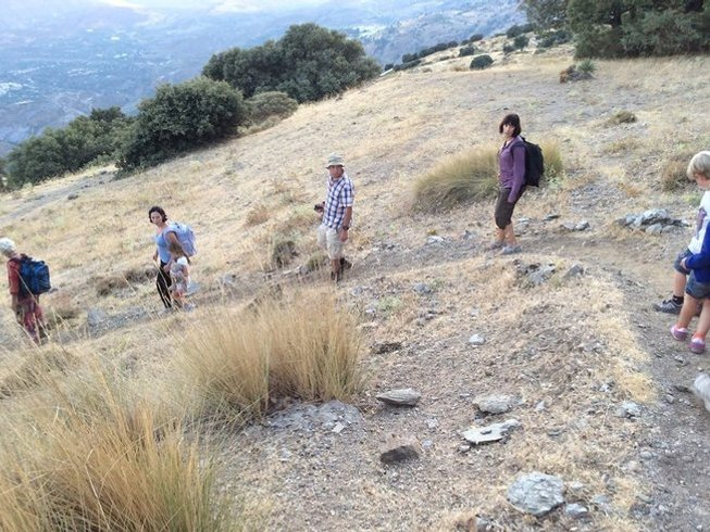 6 Days Nature Walks, Meditation, and Yoga Retreat in Lanjarón, Spain