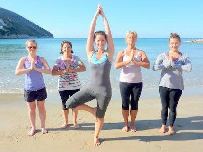 7-Daagse Relaxte Yoga Retraite voor Vrouwen in Spanje