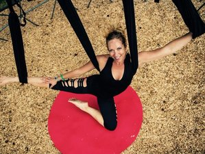 5 Days Aerial Yoga Retreat in Hawaii