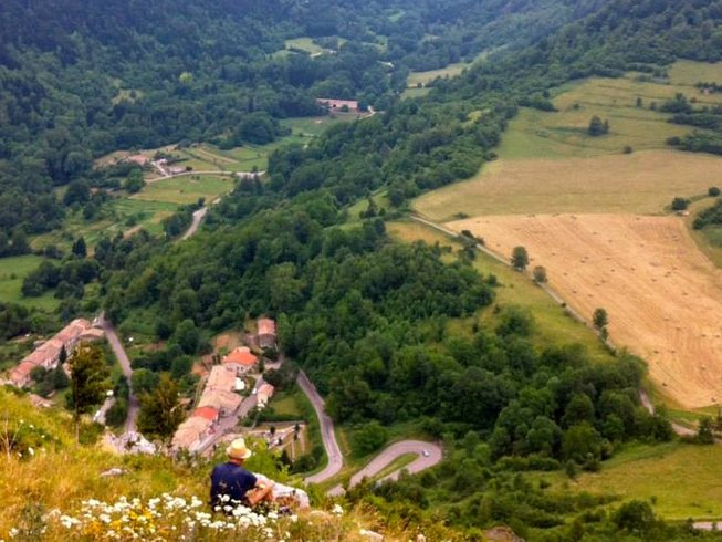 8 Days Nature, Hiking, Meditation and Yoga Retreat in France