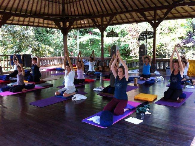 One Week Yoga Retreat with Linda Madani in Bali